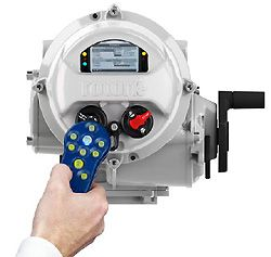 IQ, IQT and Skilmatic actuators share Rotork's non-intrusive setting, commissioning and data communication technologies.