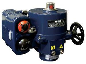 Compact electric actuator for marine valve applications