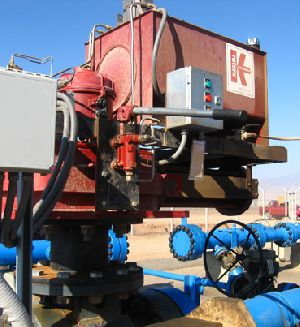 Solar powered actuators for slurry pipeline in the Chilean desert